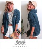 Beach刺繍ジップパーカー